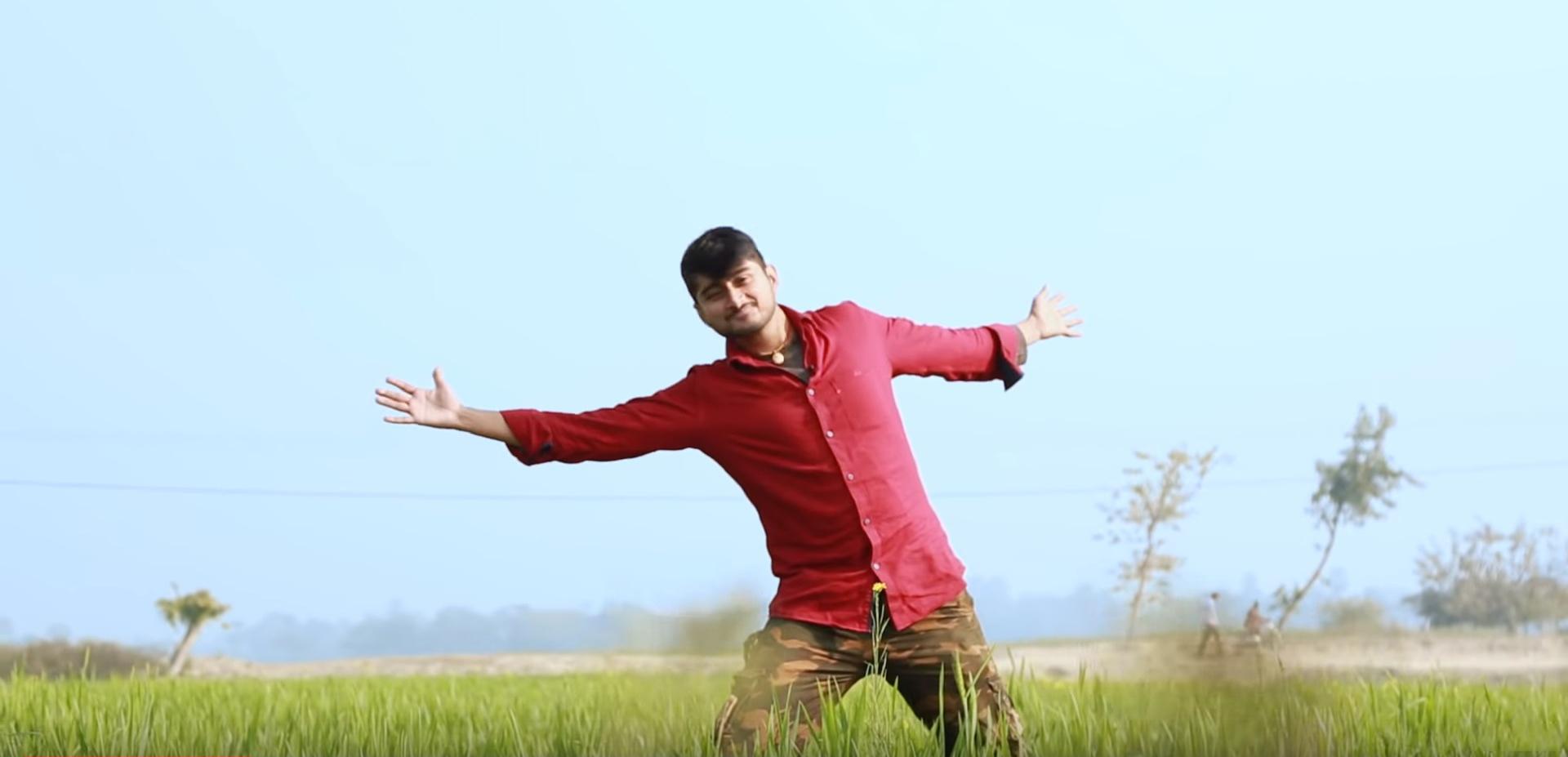 Deepak Thakur, the Bihari boy who is the newest sensation in the Big Boss house.