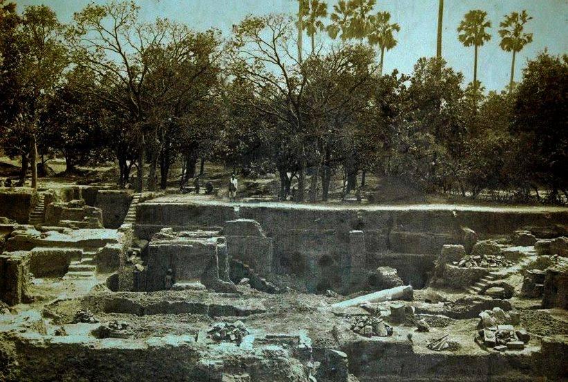 Kumhrar Excavation Park   Ruins of Pataliputra