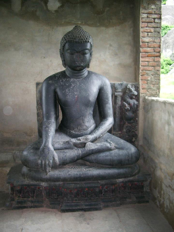 Buddha in the Bhumi Sparsha Mudra_Kauwa Do