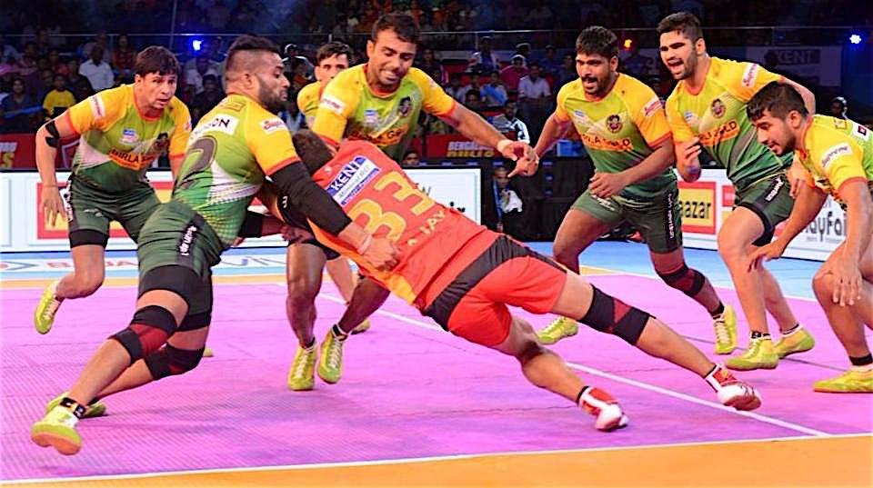 Patna defeats Bangalore in Pro Kabaddi League