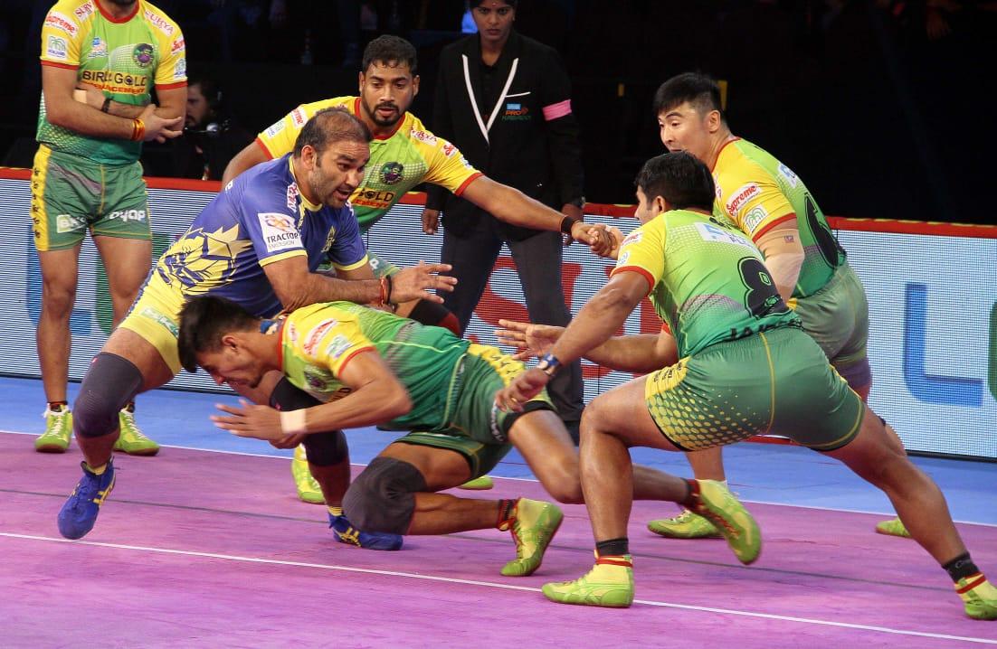 Patna Pirates thrash Tamil Thalaivas 45-27