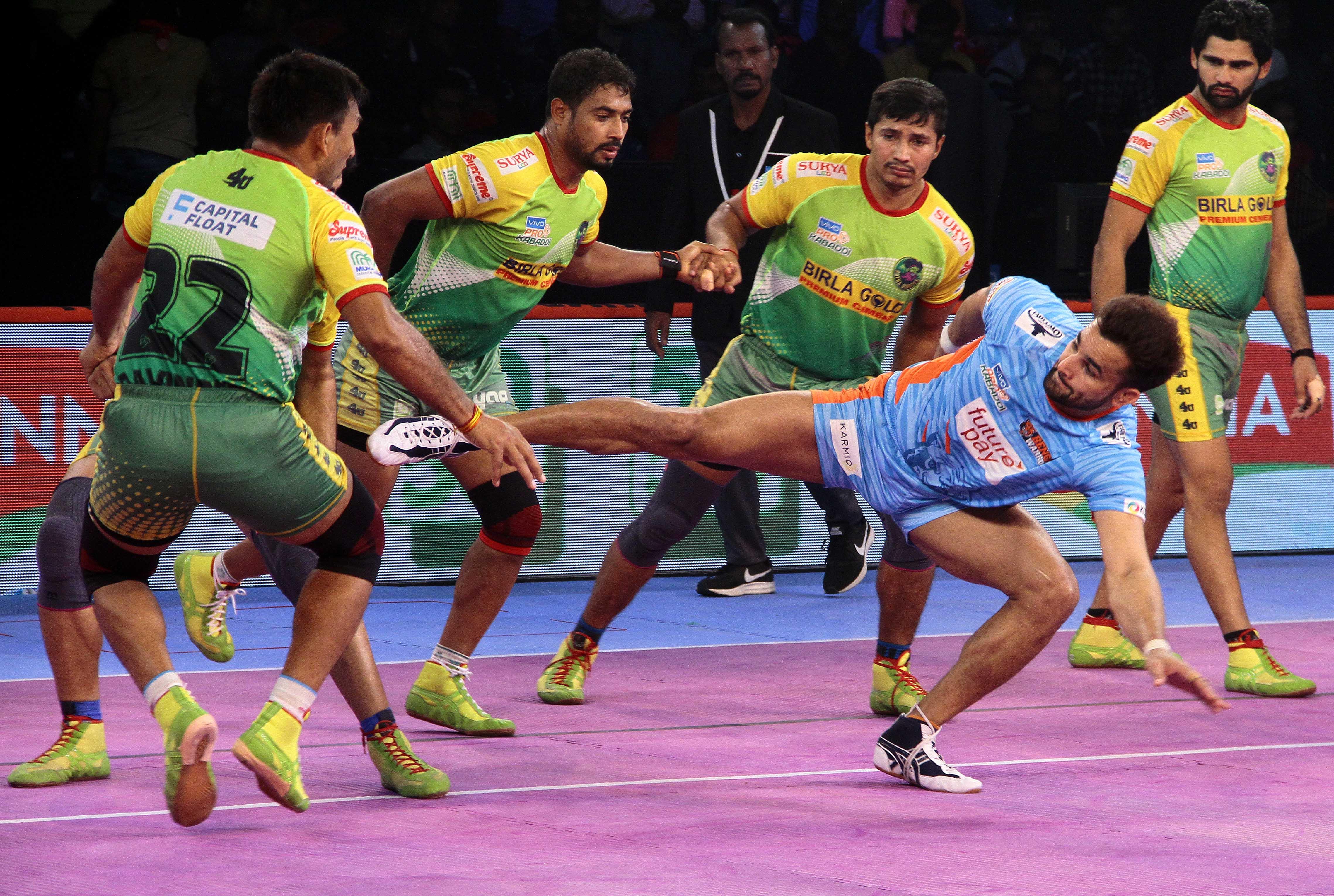 Patna Pirates demolish Bengal Warriors' defense to win by 50-30