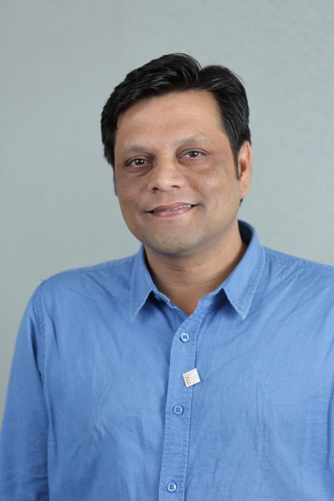 Meet Dr. Abhishek Shankar from Bihar, a well known Oncologist on a special mission