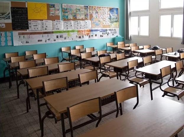 साल की शुरुआत, कोरोना काल में स्कूल, कॉलेज और कोचिंग संस्थान खुलने के साथ।