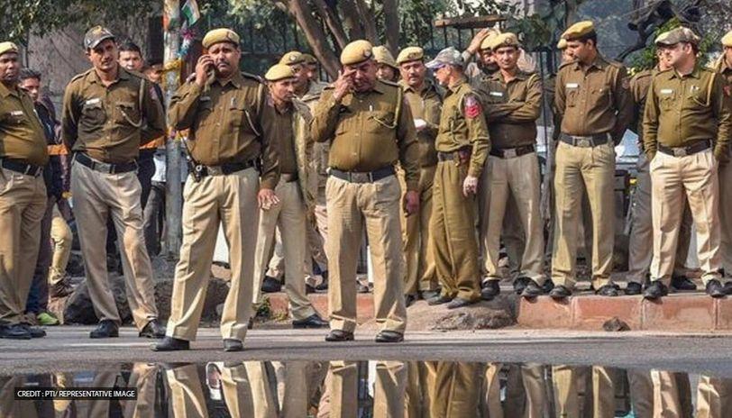 Pledge Against Use Of Liquor By 89,000 Bihari Cops.